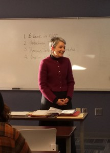 Dr. Jennifer Wood addressing her Business and Professional Communication class.(Photo by Ryan McLaughlin)